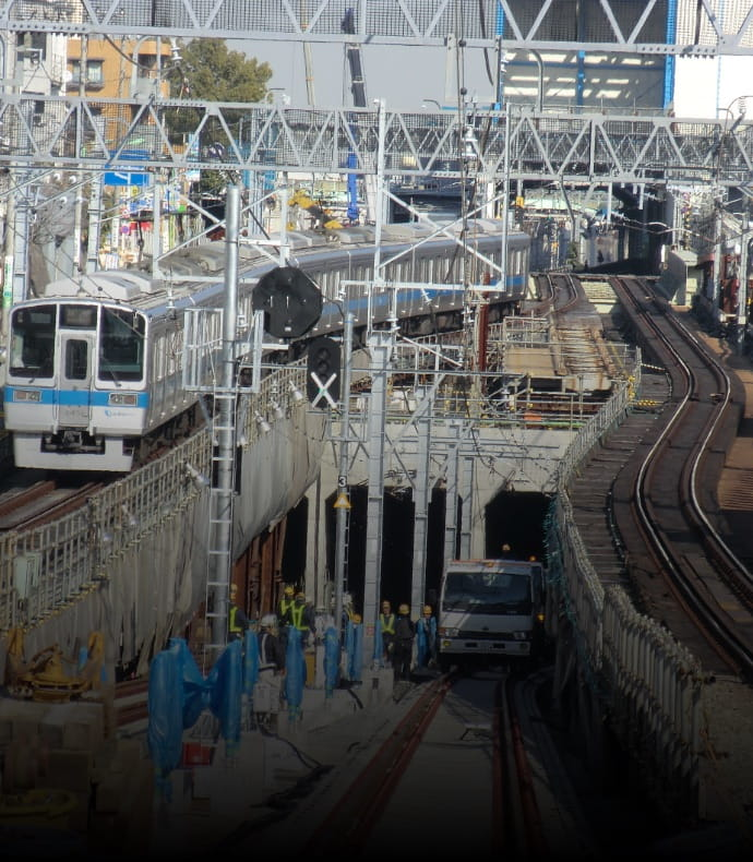 小田急電鉄複々線化事業の写真