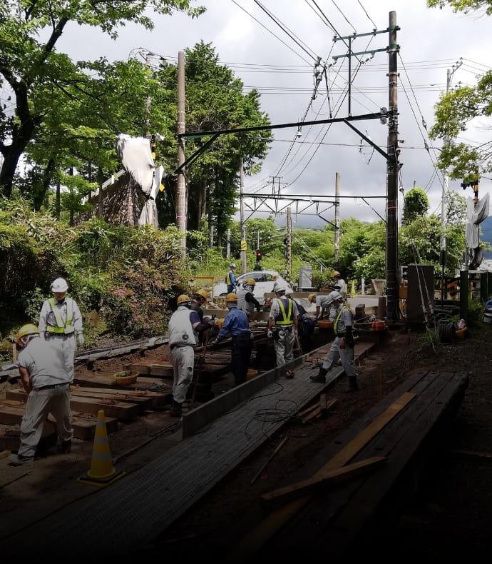 箱根登山鉄道台風19号復旧工事の写真