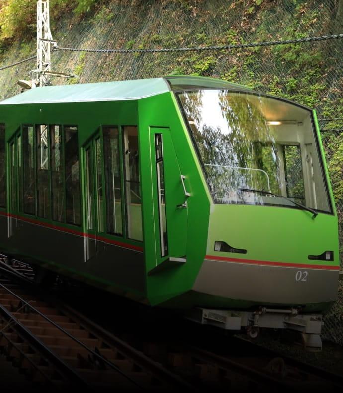 大山ケーブルカー新造の写真