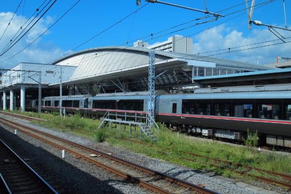 小田急線小田原駅舎改修設計・監理の写真